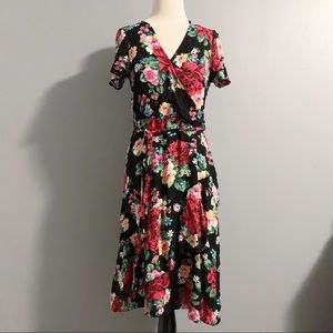 Dorothy Perkins Rose Print Wrap Dress Black Sz 6